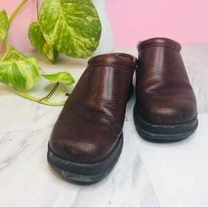 VTG vsco 90s leather chunky converse mule clogs